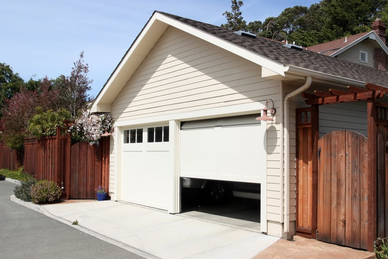 Three Reasons Your Garage Door Wont Close